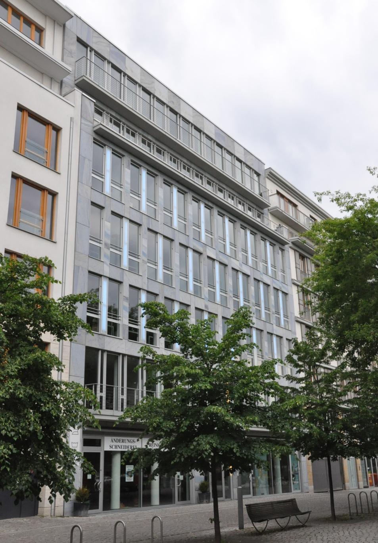 Berlin-Mitte, Monbijouplatz 10